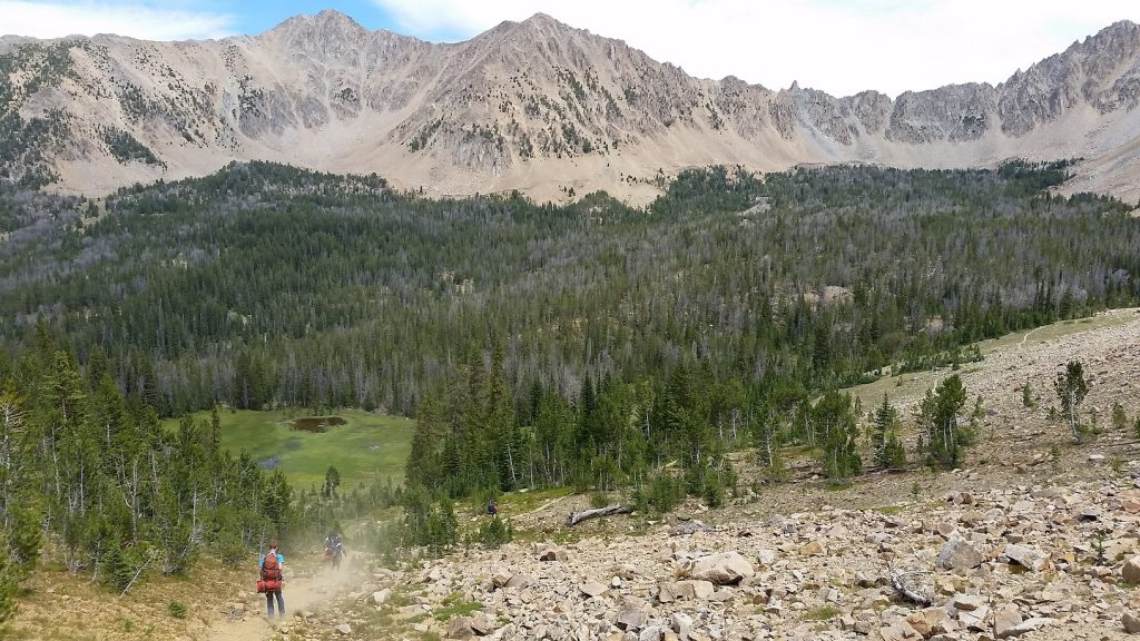 Hiking in Antz Basin toward Born Lakes